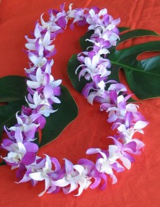 Letterbalm Hawaiian Lei